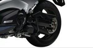 Adjustable link rear suspension