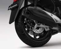 feature all new honda pcx 150 2018 rear disc brake